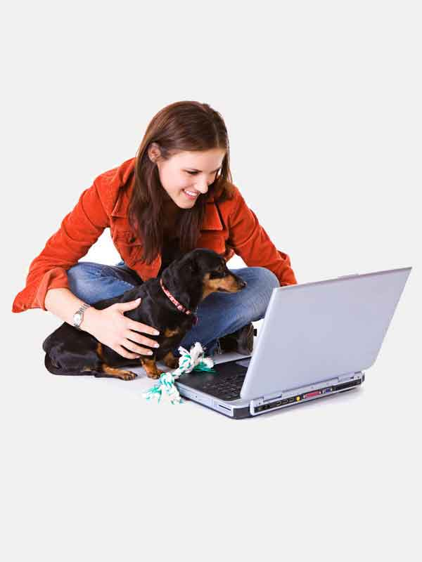 mbarq_lady_dog_laptop_bkgrnd_600x800